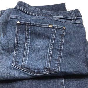 Jennifer Lopez women's jeans